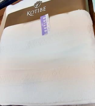 Juego 3 toallas beige punto cruz