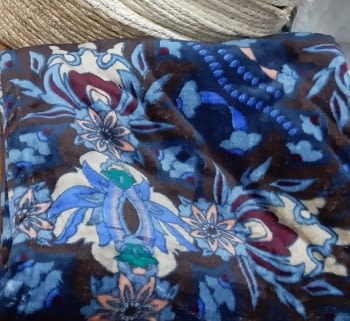 Manta sofá coralina flores azul - 3