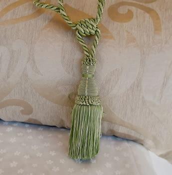 Abrazadera cordón verde - 1