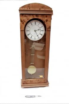 Reloj de pared raiz