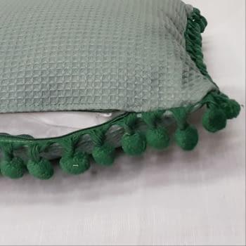 Cojín rectangular madroños verdes - 1