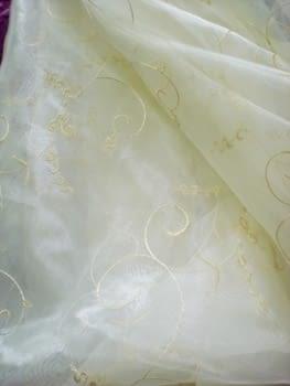 Voile bordado beige