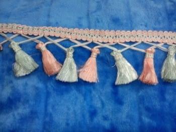 Flecos gris rosa