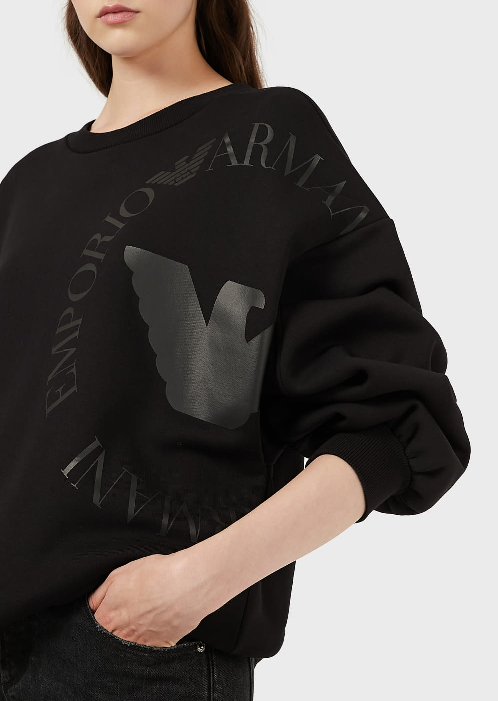 EMPORIO ARMANI sudadera color negro con  logotipo en vinilo