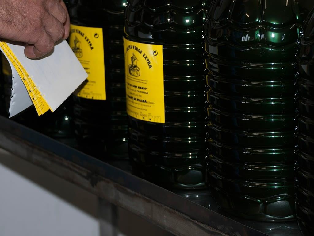 Etiquetando aceite