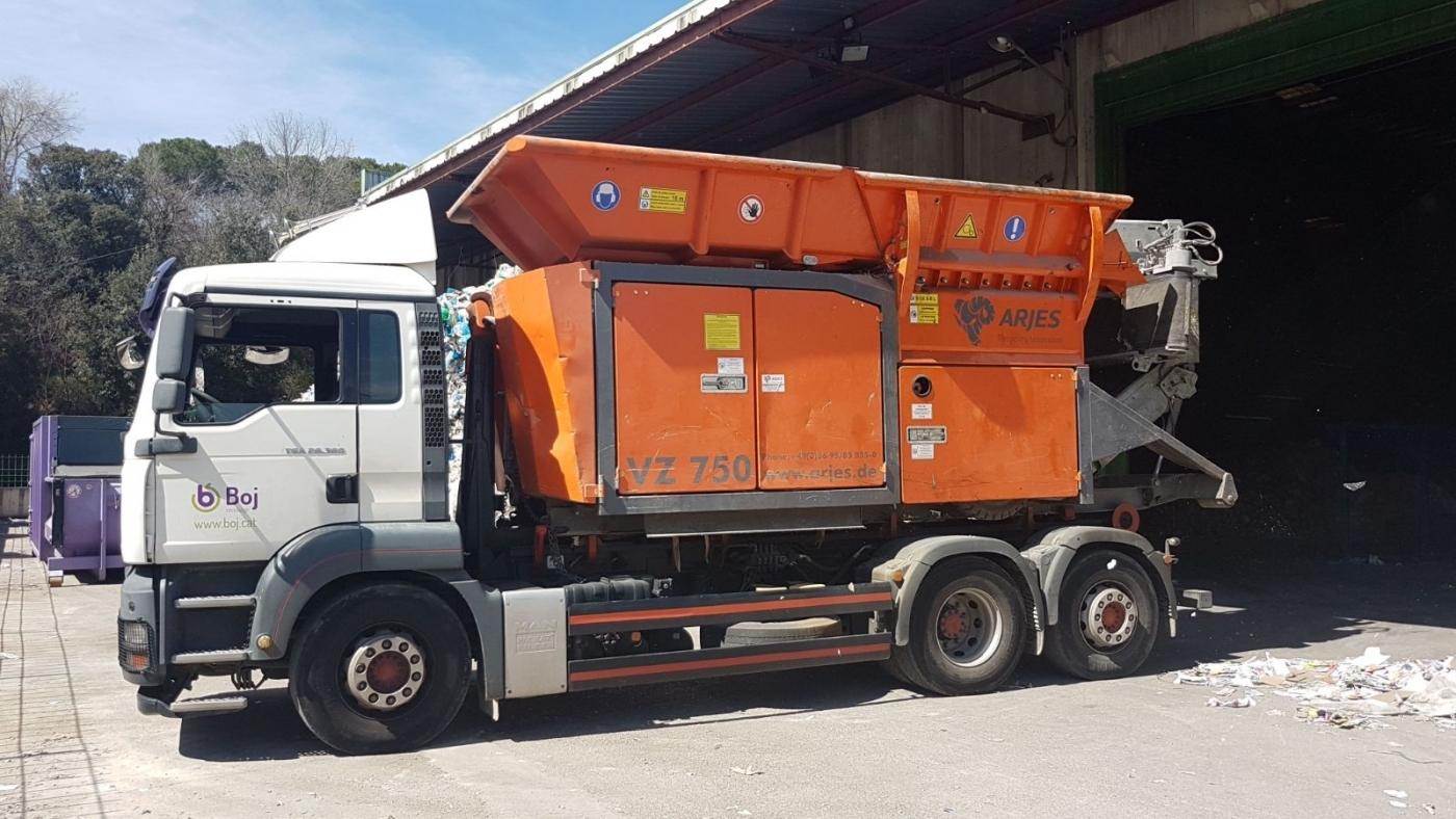 Una ARJES VZ-750  para Boj Serveis de Reciclatge, SL