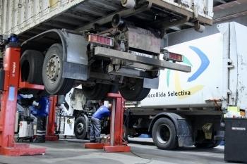 Reparación de camiones recolectores de residuos urbanos para dejar la flota como nueva