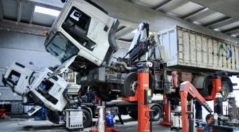 ¿ Cómo mantener y reparar tus camiones mientras duermes ?