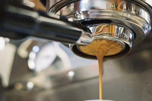 DEGUSTAR UN BON CAFÈ