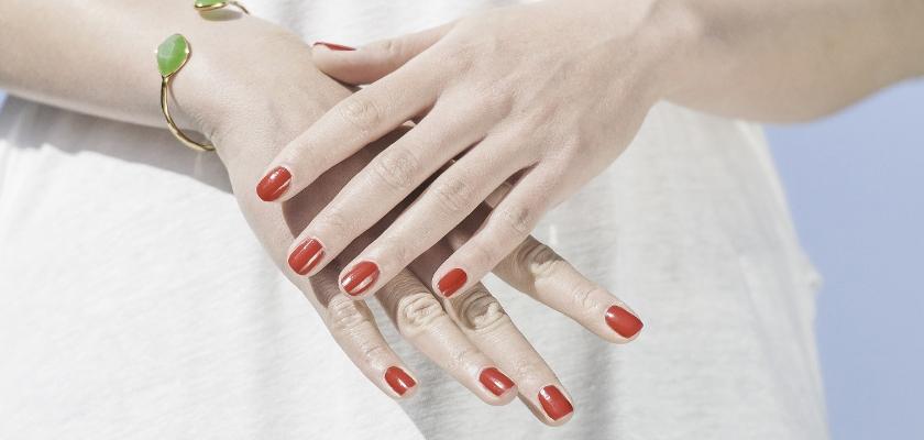 Dipping, la manicura semipermanente que no estropea tus uñas