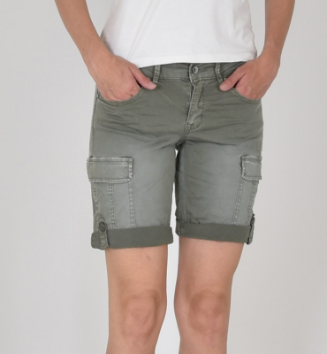 BUENAVISTA Shorts con bolsillos laterales
