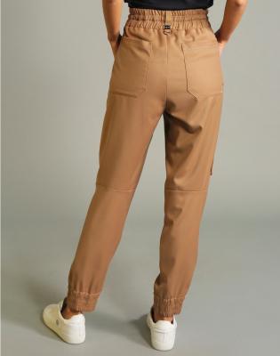 HIGH Pantalón jogger con pespuntes - 10
