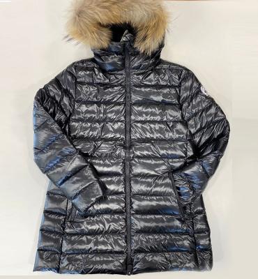 JOTT  Abrigo plumífero negro brillante con capucha con pelo - 1