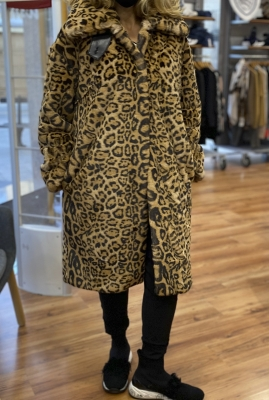 KARL LAGERFELD Abrigo con pelo con estampado de leopardo