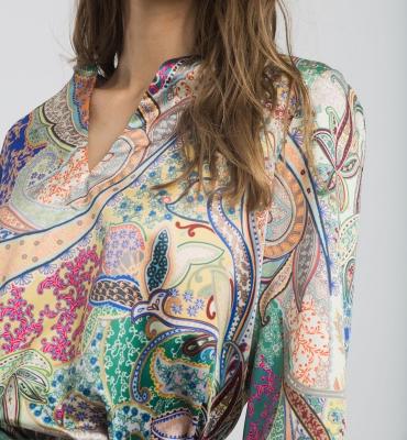 ALBA CONDE Blusa estampada satinada