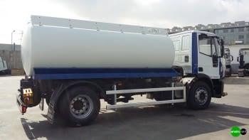 Camion cisterna ROSROCA riego y baldeo de calles - 1