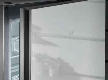 Frigorífico Combi AEG RCB736E4ML Cristal Blanco | 201x59,5 cm | No Frost | Cooling 360 | DesignLine | Clase E