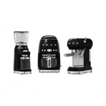 Cafetera Expresso ECF01BLEU SMEG con Sistema de calentamiento Thermoblock | 3 filtros y portafiltros | Deposito 1L | Potencia 1350W | Color Negro - 7