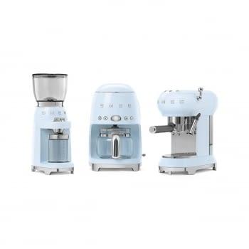 Cafetera Expresso ECF01PBEU SMEG con Sistema de calentamiento Thermoblock | 3 filtros y portafiltros | Deposito 1L | Potencia 1350W | Color Azul - 5