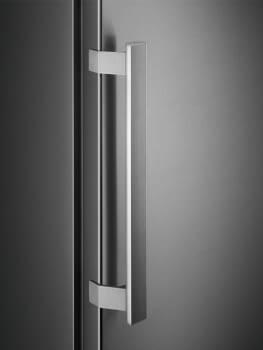 Congelador Vertical Electrolux LUT7ME28X2 Inoxidable de 186 x 59.5 cm No Frost | Motor Inverter A++ - 3