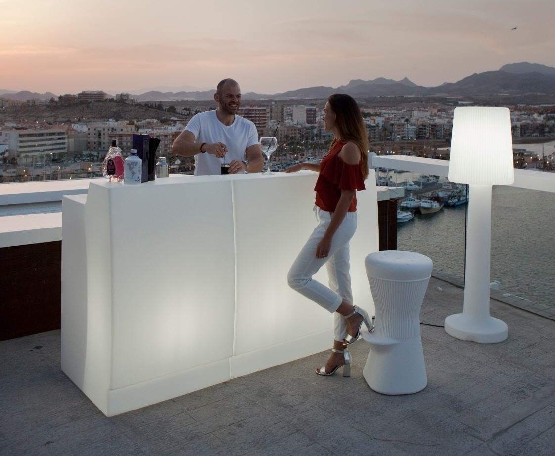 Hágase la luz en barras de bar para terrazas