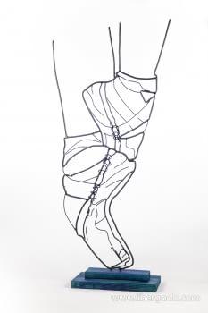 Escultura Bailarina (30x14x70)