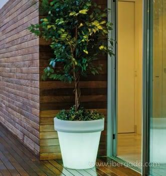 Macetero Magnolia 60 Light (57X57X57)