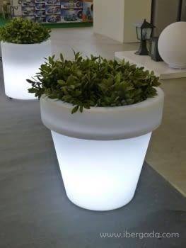 Macetero Magnolia 90 Light (90X90X86)