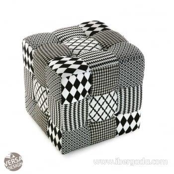 Puf Geometrico Blanco/Negro