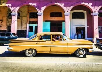 Fotografía Coche Amarillo (90x60)