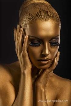 Fotografía Mujer Dorada (120x80)