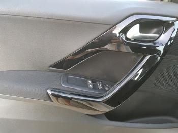Peugeot 208 Signature 5P 1.2 - 3