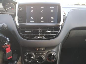 Peugeot 208 Signature 5P 1.2 - 5