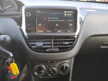 Peugeot 2008 Style 82 PT 1.2 - 6