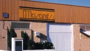 1998. Premières distributions des fournisseurs exclusifs étrangers à  dans toute l'Espagne.