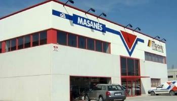 2002. Inauguration d'un nouvel magasin et succursale à Huesca