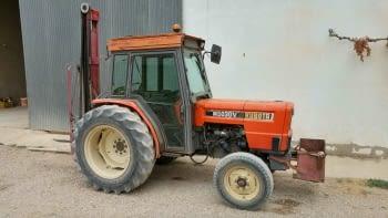 Tractor KUBOTA  mod. M5030V