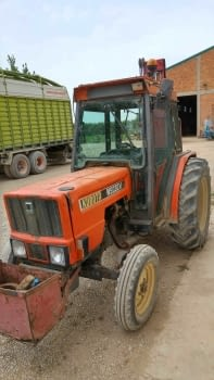 Tractor KUBOTA  mod. M5030V - 2