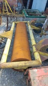 Rodillo de hierro de 2'30m