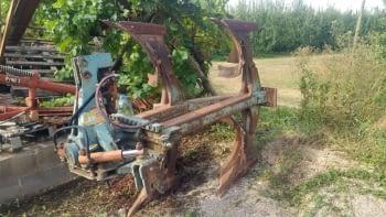 Arado bisurco PLADEVALL
