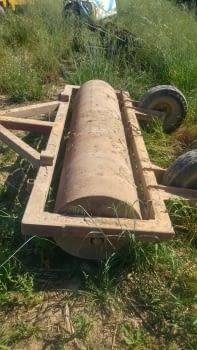 Rodillo de hierro de 2.60m de labor, con rascador - 1