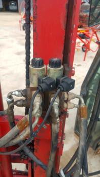 Elevador hidráulico RODA, levanta hasta 2.50m - 2