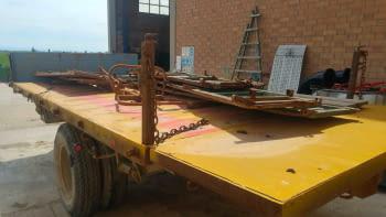 Remolque basculante (caja de camión) - 1