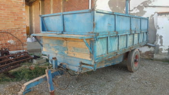 Remolque basculante hidraulico de 5.000 kgs de carga