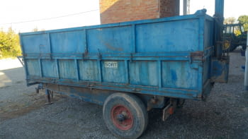Remolque basculante hidraulico de 5.000 kgs de carga - 1