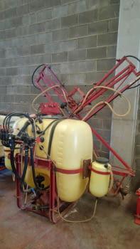 Pulverizador HARDI de 600L