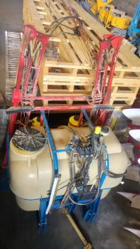 Ensolfatadora AGUIRRE de 1500 litros, barras hidráulicas de 12m. - 1