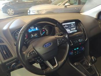 Ford Focus 1.5tdci 120cv Trend+ - 13