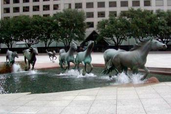 Hills Mustangs. U.S.