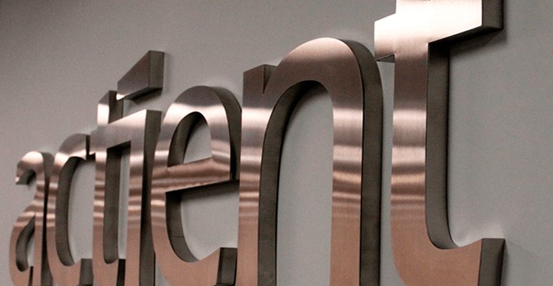 Metal letters and board signs for institutions, businesses, companies and public works by Samartec design